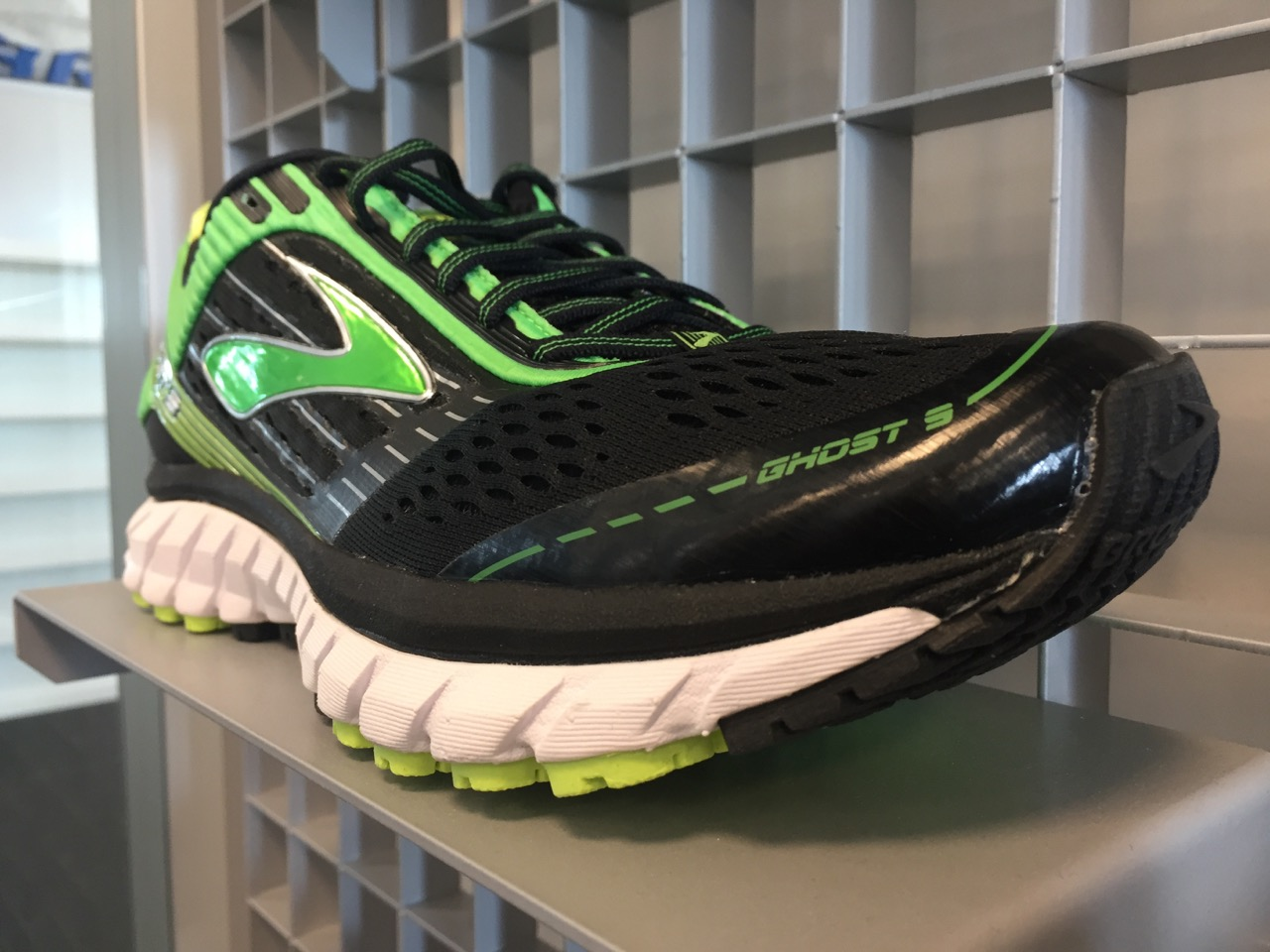 Brooks Ghost 9 black/green